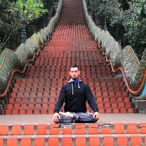 Каула-йога средний уровень с Гагиком Насибян  (запись занятия)  / 1,5 часа